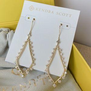 New Kendra Scott Gold Bea Earrings